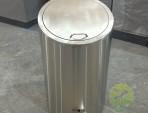 室内圆柱形脚踏式不锈钢垃圾桶