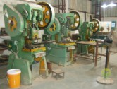 垃圾桶工厂生产设备