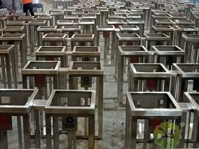 地铁站304不锈钢分类垃圾桶