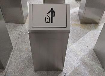 商场单筒摇盖式不锈钢垃圾桶主图