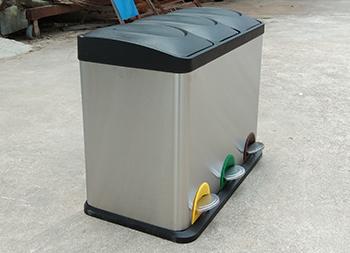 室内静音脚踏式三分类不锈钢垃圾箱主图