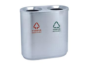 贵阳机场垃圾桶