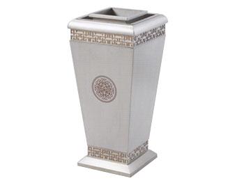 亮银色钛金垃圾桶