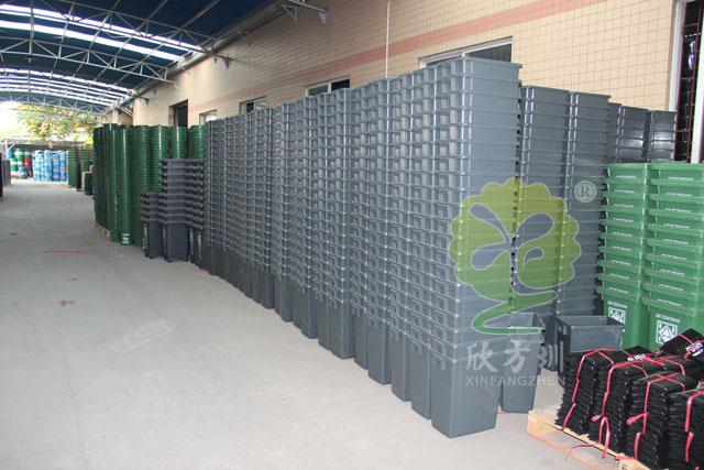 塑料垃圾桶材质与特点介绍